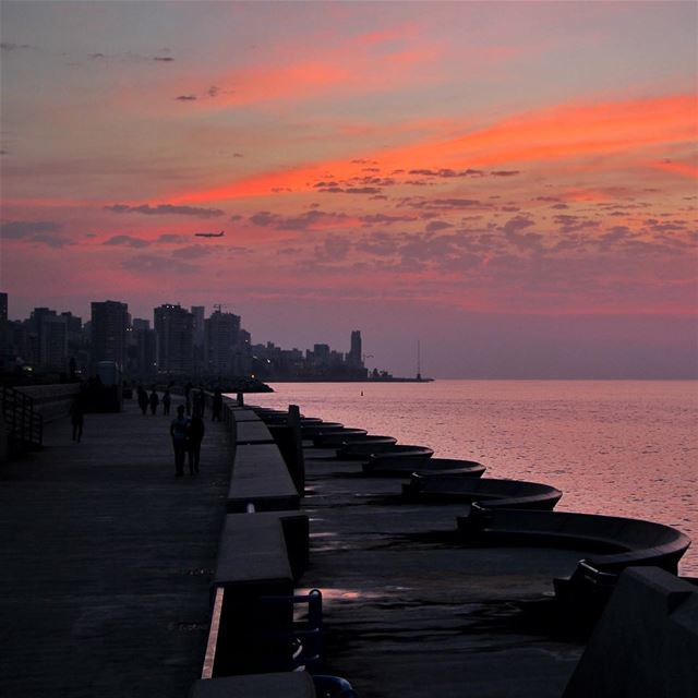 It was a magical sunset🇱🇧 lebanon lebanon_hdr ig_lebanon ... (Beirut Waterfront)