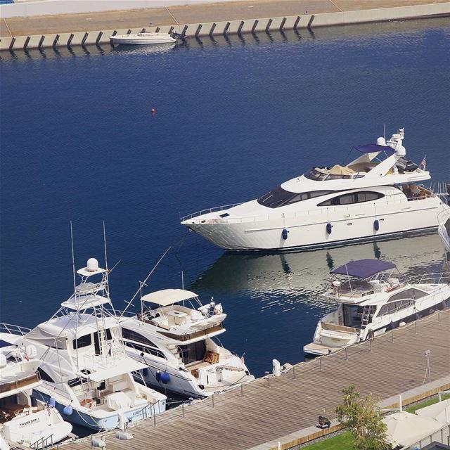 Is that my yacht? 🇱🇧 lebanon lebanon_hdr lebanonlove lebanonmania ... (Four Seasons Hotel Beirut)