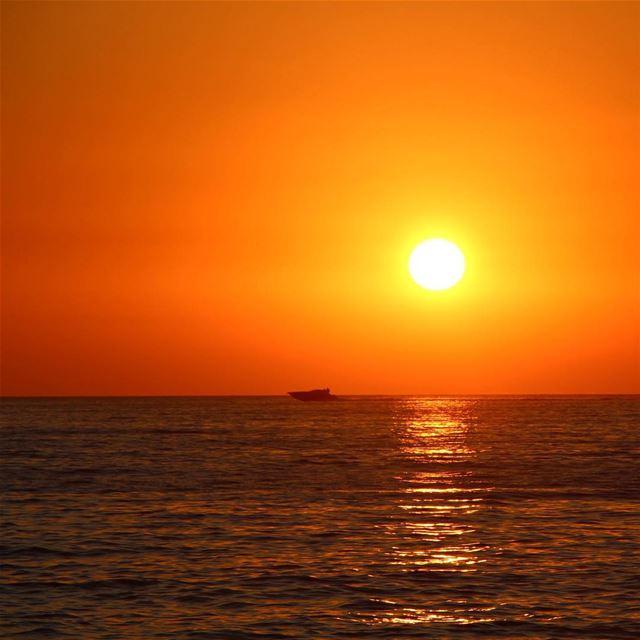 My sunset at tyre 🇱🇧 lebanon lebanon_hdr lebanonlove lebanonmania ... (Tyr,South Lebanon)