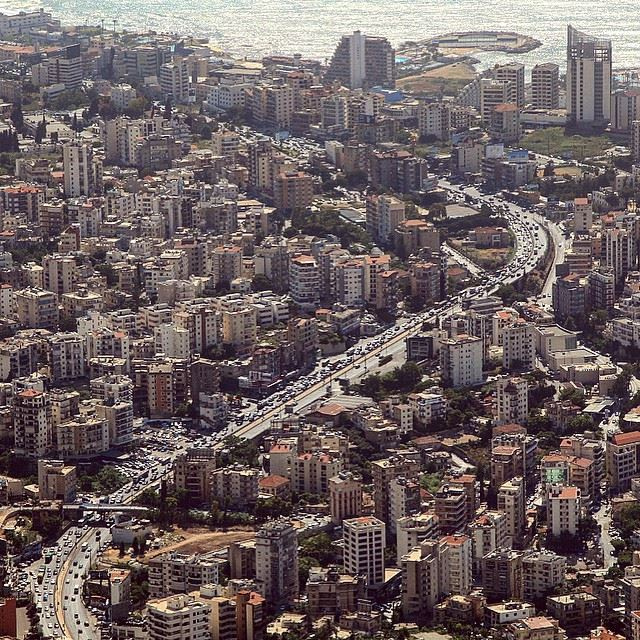 The city is not a concrete jungle, it is a human zoo.Desmond Morris... (Jounieh, Liban)