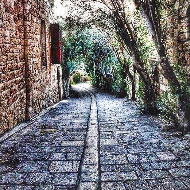 old souks byblos road lebanon ...