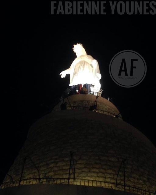 Vous êtes bénie entre toutes les femmes........ mothermary 🙏🏻 (Our Lady of Lebanon)