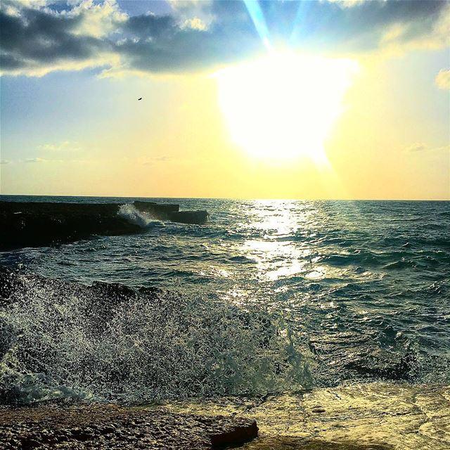 """ The Waves Of The Sea Help Me Get Back To You..."" whatsuplebanon... (Kfarabida Batroun)"
