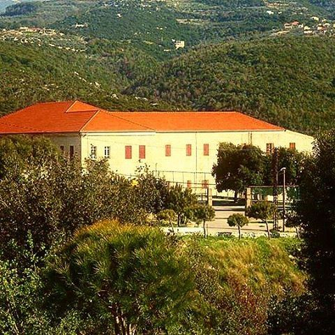 whatsuplebanon wearelebanon insta_lebanon ptk_lebanon ptk_sky lebanon... (Saint Maron Kfarhay)