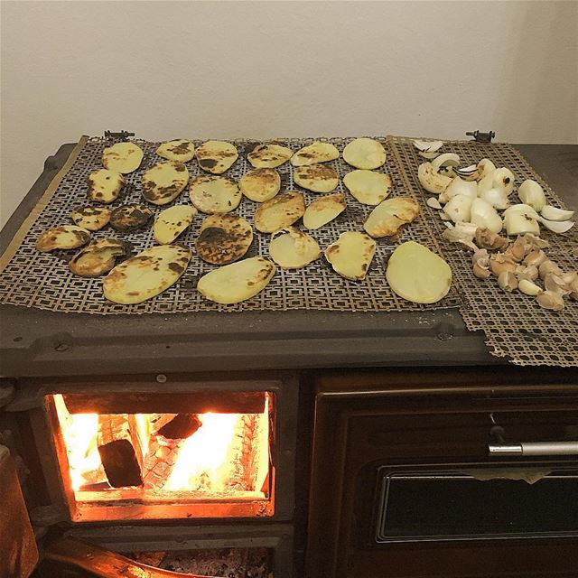 mood on winter thats our dinner for tonight whatsuplebanon insta_lebanon... (Chabtîne, Liban-Nord, Lebanon)