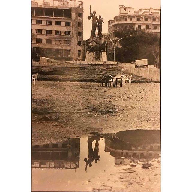 بيروت ساحة الشهداء عام ١٩٩٦، Beirut Martyrs Square in 1996 .