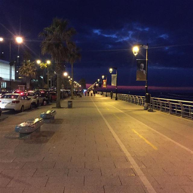 Night walk ❤️ beirut love lebanon lebanonspotlights lebanontimes ... (Beirut Corniche)