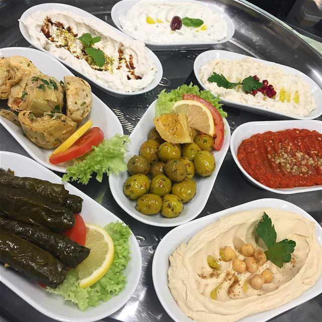 Småplock avsmakningsmeny meze lebanese food delicious libanesiskahörn (Libanesiska Hörnan)