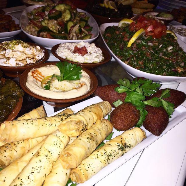 Önskar er alla en trevlig helg! 👏🏻 foodbyafram lebanese food ...