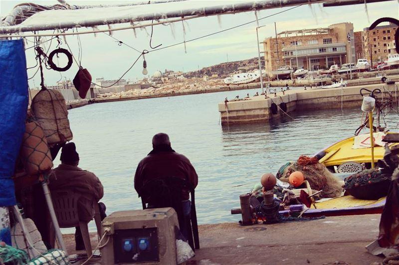 fisherman batroun mediterranean lebanon liban среднийвосток средиземноемор