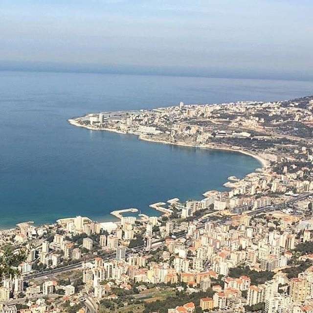 The charm of the Jounieh bay as shot from the surrounding mountains !... (Harîssa, Mont-Liban, Lebanon)
