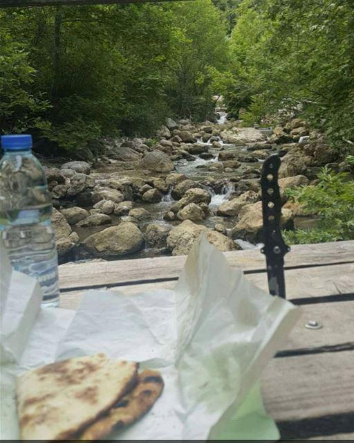 Time for a manoushe zaatar river nature naturelovers hiddentreasures...