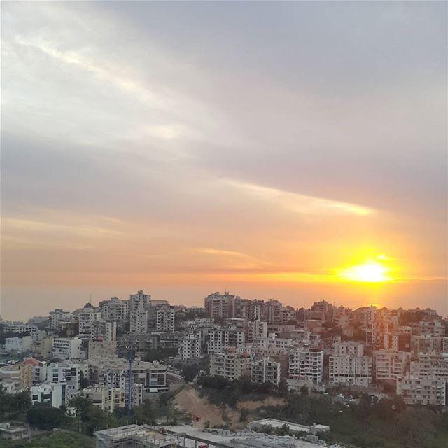 ZOUK MOSBEH myhometown kesrwan livelovezm lebanon ...