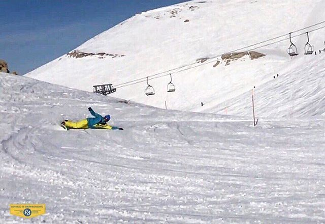 How To Rock a Eurocarve by Chris Harran. 15 year old legend. Bravo!!!!!!!!! (Mzaar Ski Resorts - Kfardebian)