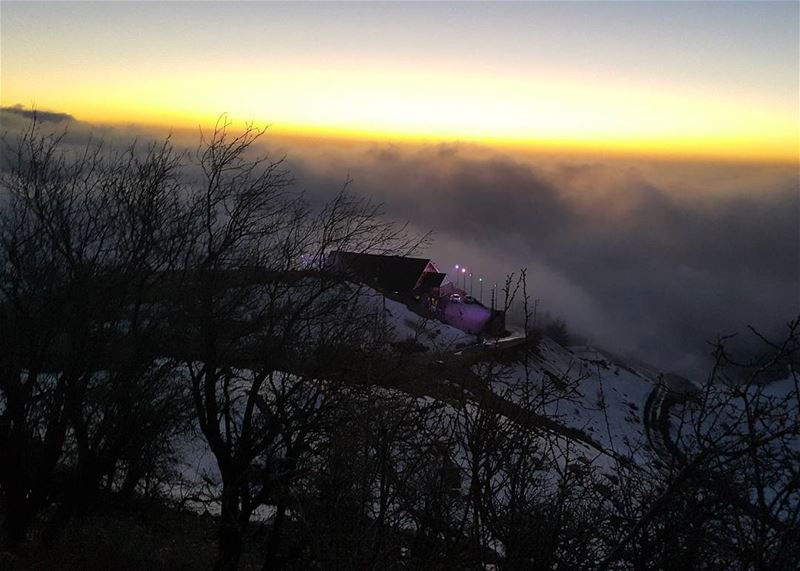 rikkyz faraya lebanon_hdr sunset nighthike snowhiking mist ...
