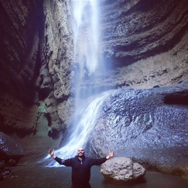 inside  belou3  goffre  balaa tannourine  skylineextremesports  waterfall...
