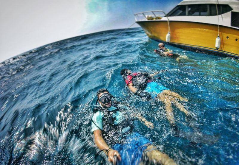 Finding Dave! ... mylebanon lebanon sea chekka diving andi boat ... (Chekka)