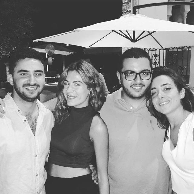 The crew - Lousa is leaving🇮🇹🎈 lebanon italy thefourmusketeers ... (Eddé, Mont-Liban, Lebanon)