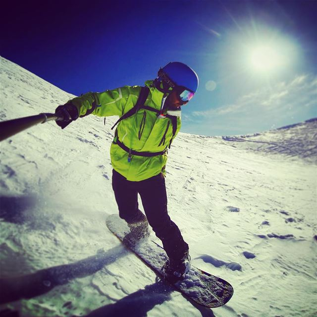 TB to beautiful mornings on the slopes. Lebanon faraya mzaar ... (Mzaar 2400m)