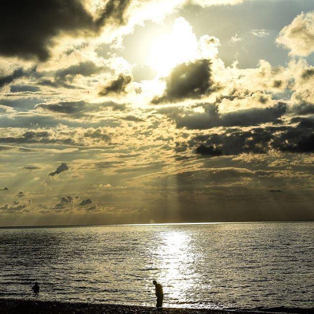 ..نبتعد...ولكن للحنين رأي آخر❤... great_captures_nature super_france...