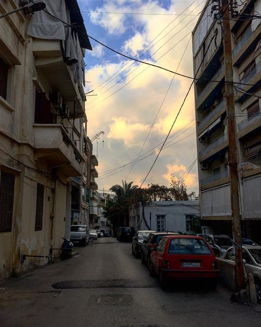 Unfiltered Geitawi🍬 lebanon livelovelebanon beirut geitawi clouds ... (Geitawi)