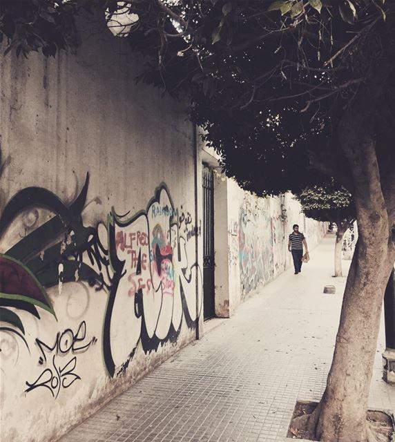 livelovelebanon lebanon lebnani lubnani beirut dailylife ... (Achrafieh, Lebanon)