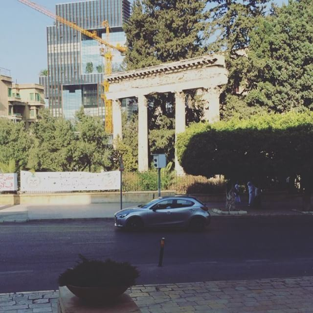 livelovelebanon lebanon beirut ashrafieh achrafieh moment caught ... (Achrafieh, Lebanon)