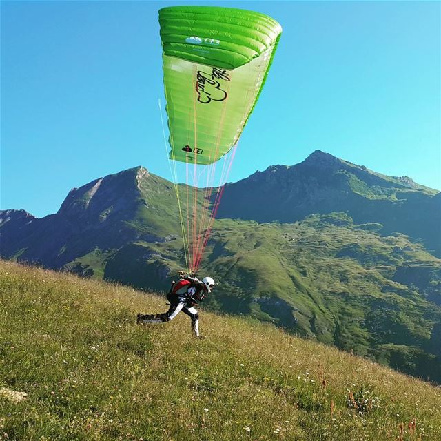 Can't wait to go back... 🤘😎🤘  livelovebeirut  paraglidinglife ... (Bourg-Saint-Maurice)