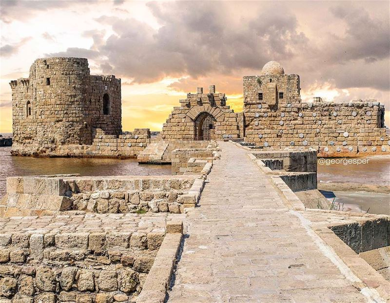 Sidon's Sea Castle was built by the crusaders as a fortress of the holy... (Saïda, Al Janub, Lebanon)