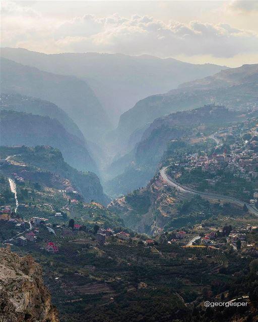 Holy Valley of Lebanon [Kadisha Valley] 🇱🇧.... globalcapture ... (Cedars Mountains)