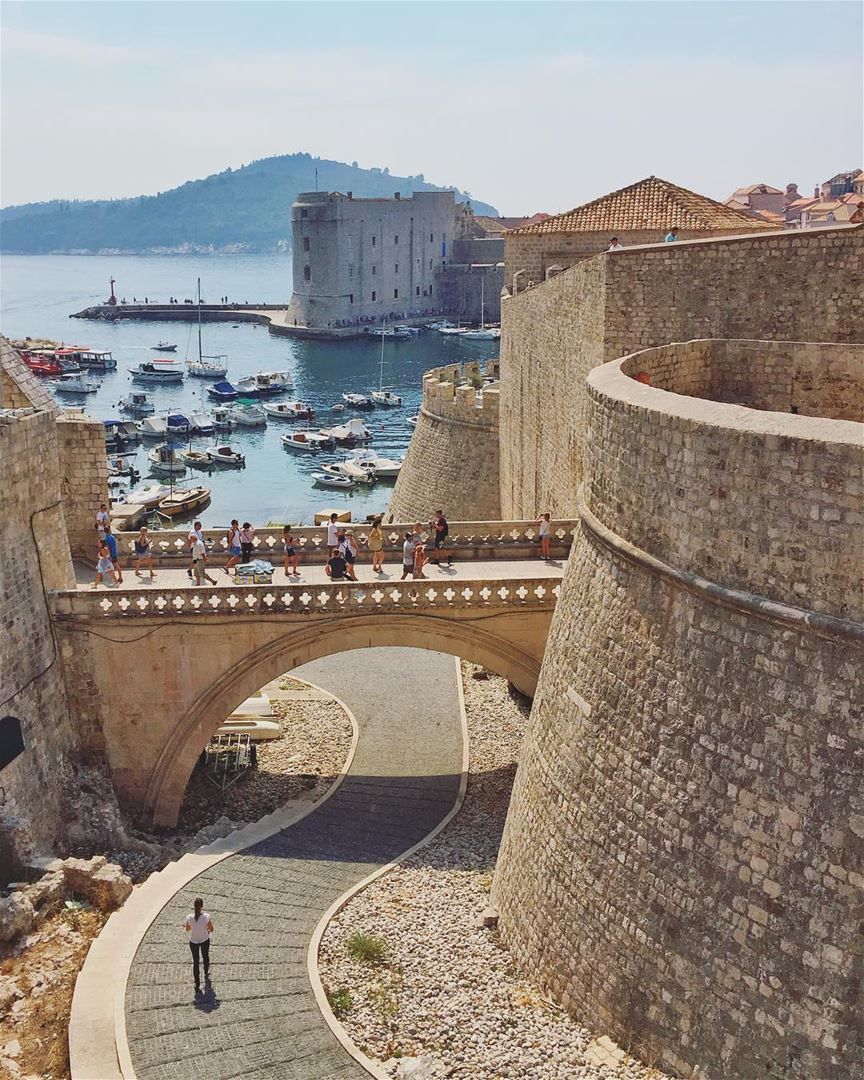 [follow me on Facebook for more pictures/ link in bio].... wow_planet... (Old City in Dubrovnik)