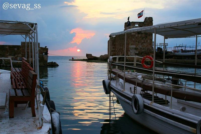Good Night Everyone sunset beach beautiful clouds sunset_madness ... (Byblos - Jbeil)
