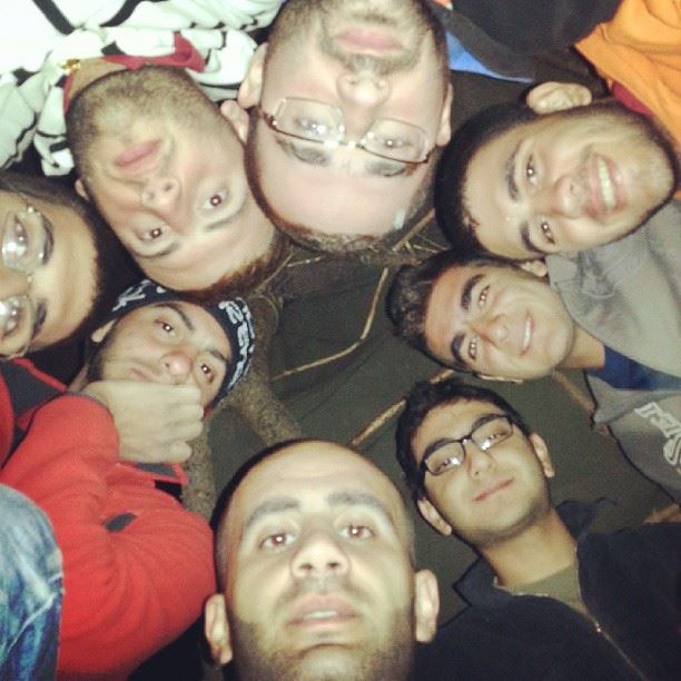 groupe selfi freedom bunch of freinds taking epic pictures at ...