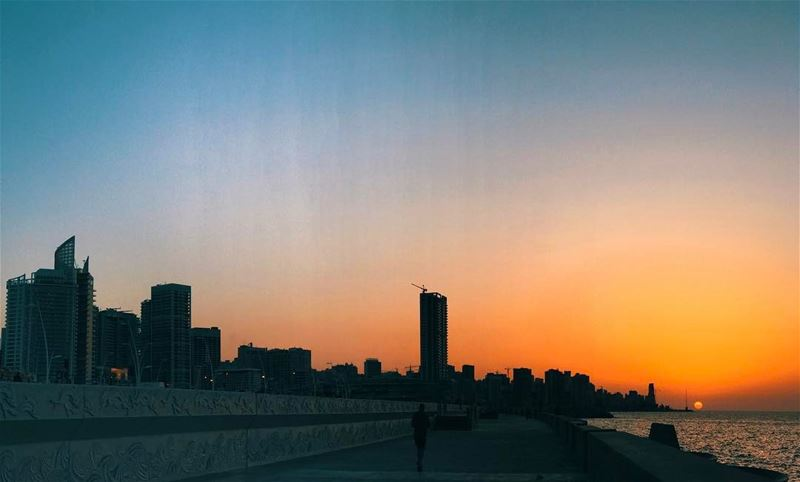 There's more to see, that could ever be seen 🌞 Skyline beirut lebanon... (Beirut, Lebanon)