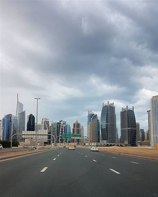 ... Dubai still in a bad mood 🌧------.. photography  photooftheday ... (Dubai, United Arab Emirates)