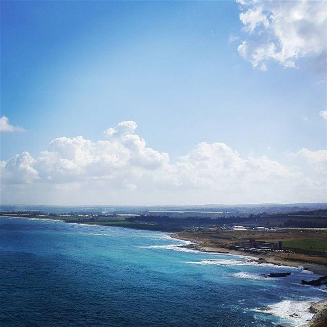 Sexy curves of lebanese southern coastline sea vitaminsea lebanon ...