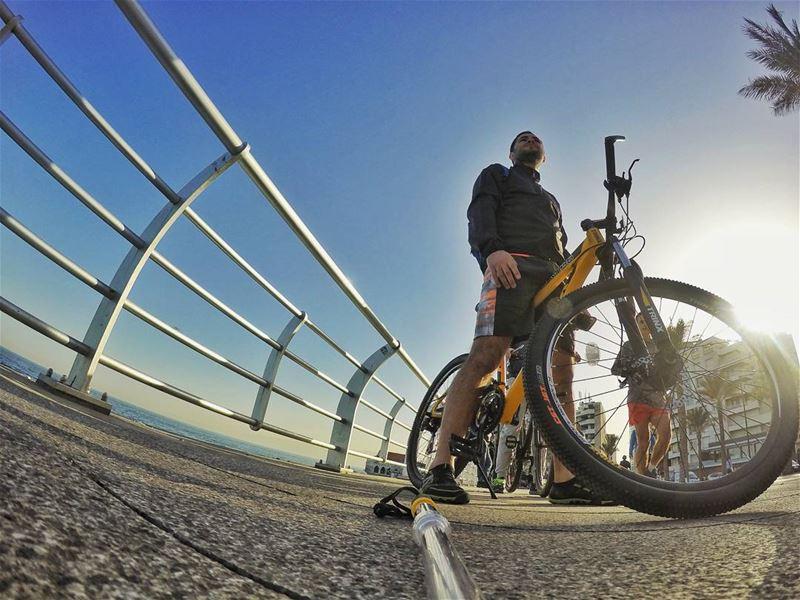 sunday morning 7 sport bike biking trinx firstbike back beirut ... (Ain El Mreisse, Beyrouth, Lebanon)