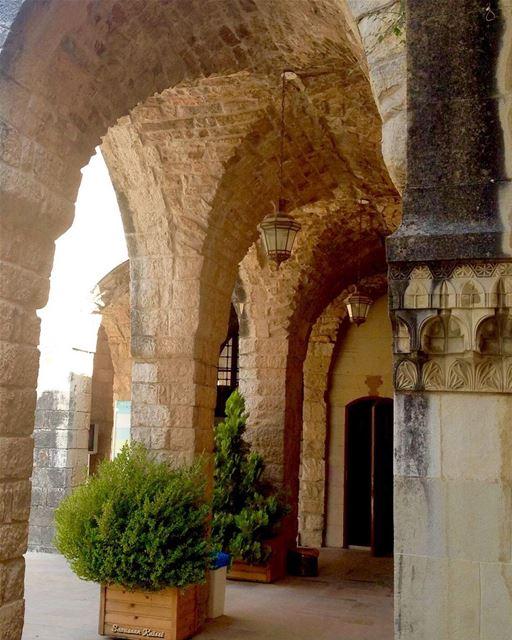 heritage nostalgia old lebanonhouses architecturaldetails ...