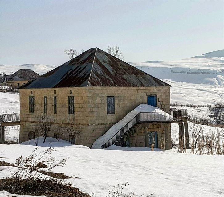 The house of my dream ptk_lebanon livelovelebanon lebanonspotlights ... (Mount Sannine)
