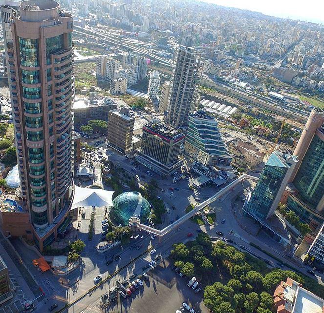 The glass ball ... lebanon hilton ig_lebanon super_lebanon ... (Hilton Beirut Habtoor Grand)