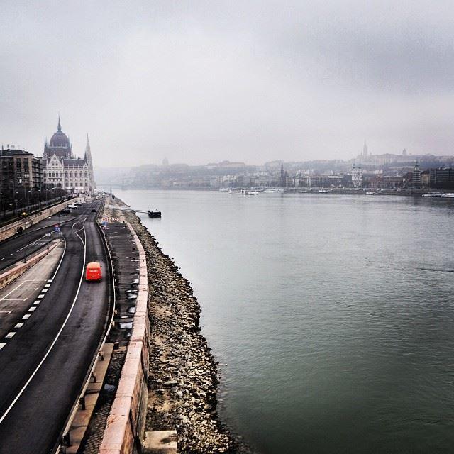fogs Budapest river Danube ig_hungary ig_lebanon igworldclub ...