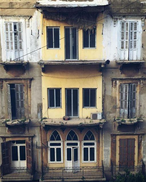 ᴏʟᴅ ᴘʟᴀᴄᴇs ʜᴀᴠᴇ sᴏᴜʟ - sᴀʀᴀʜ ᴀɴᴅᴇʀsᴏɴ.................... (Beirut, Lebanon)