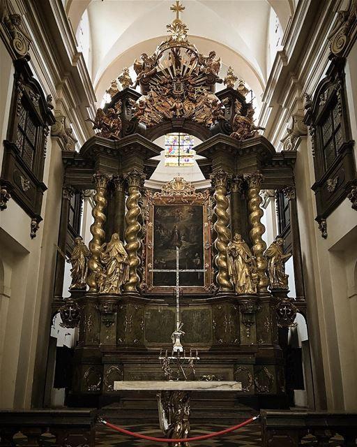AlmassihKam HakkanKam HappyEaster Paques velikonoční Easter Prague ... (Infant Jesus of Prague)