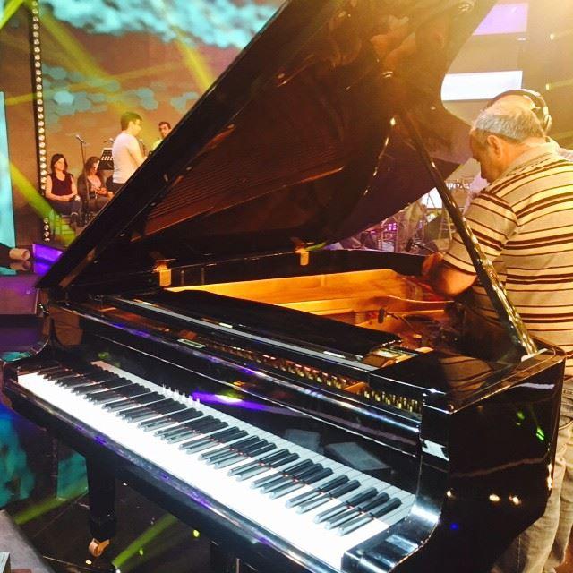 AllSet Piano Pianist Show TV Lebanon ...