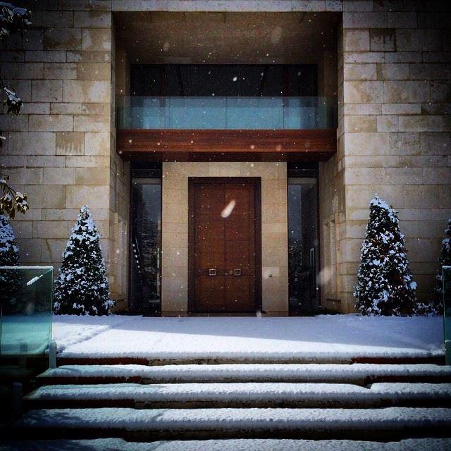 Snow Lebanon Winter Door ... (Bentaël, Mont-Liban, Lebanon)