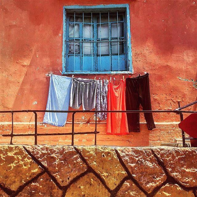 Laundry ... (Corniche el Mazraa)