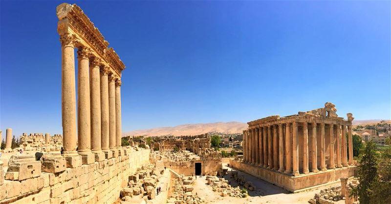 ... (Baalbek , Roman Temple , Lebanon)