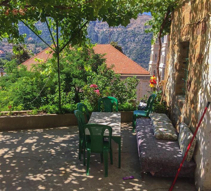 The Terrace 🏡... whatsuplebanon instagram lebanon_hdr wearelebanon... (Baskinta, Lebanon)