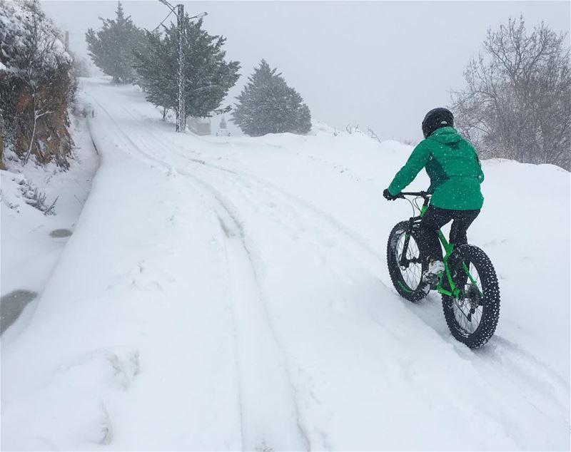 Not a Snow-Bike but a @trekbikes Farley Faraya trekbikes winter ... (Faraya)