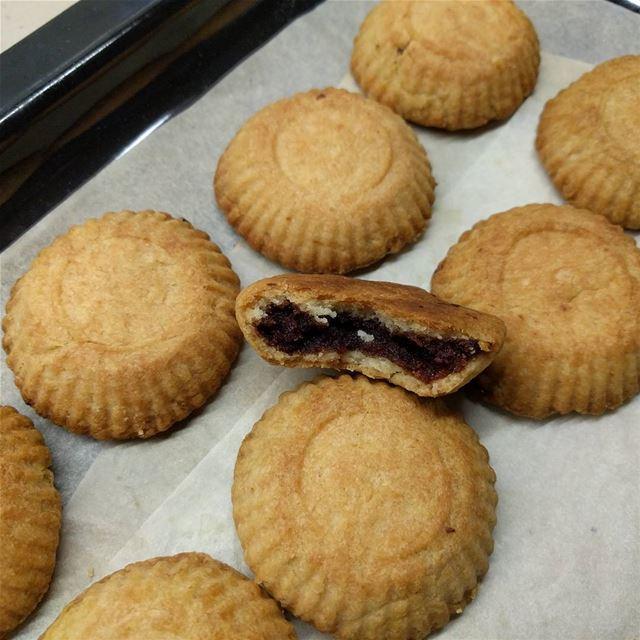 maamoul sweetlovers❤❤❤ lebanesesweets sweets maamouldate sweety ...